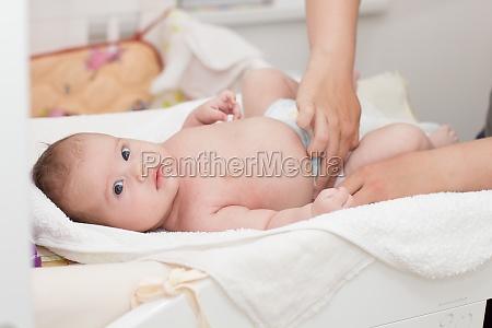 bambino neonato lattante mamma madre genitori