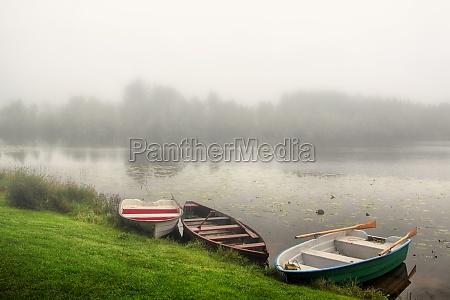 nebbia barche barca a vela barca