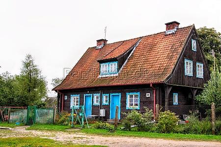 storico giardino casa in legno polonia