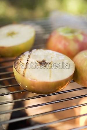 cibo frutta mele mela allaperto cucina