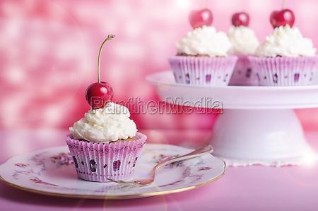 cupcake muffin ciliegia compleanno muffin