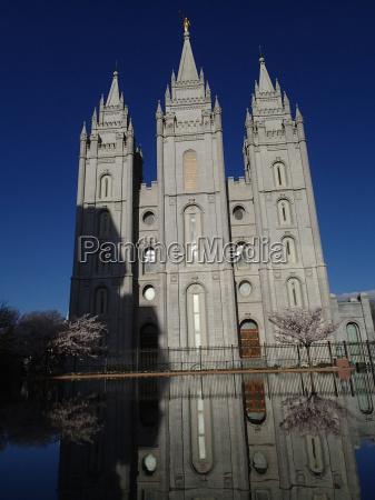 bello bella religione religioso chiesa tempio