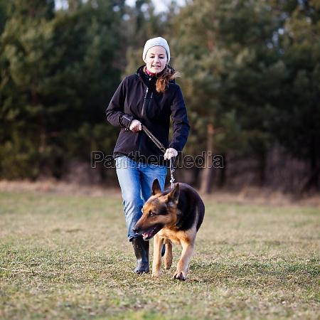 donna animale mammifero cane allaperto master