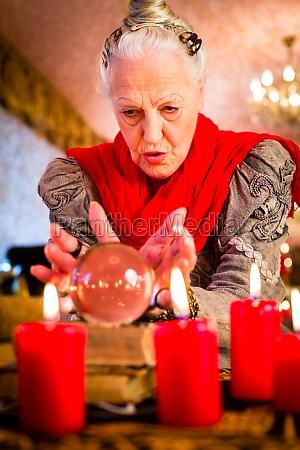 clairvoyant durante la seduta spiritica con