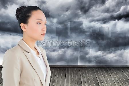 donna carriera citta femminile legno buio