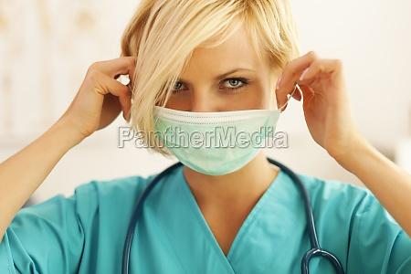 primo, piano, di, un, chirurgo, femminile - 12112376