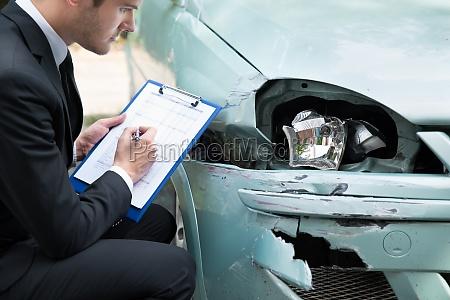 scrivere traffico persona auto veicolo mezzo