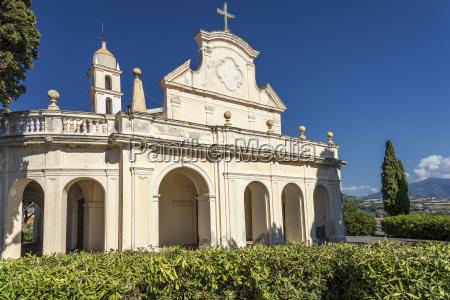 torre chiesa croce italia