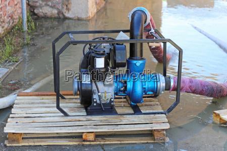 pompa dellacqua