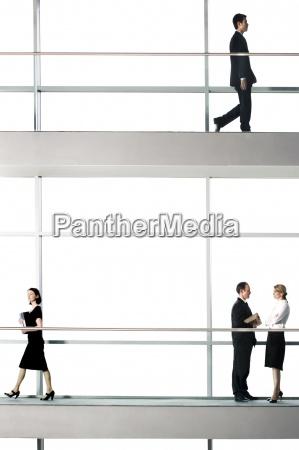 parlare parlato parlando chiacchierata ufficio donna