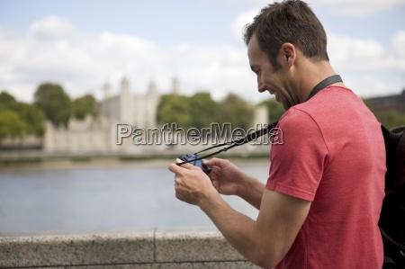 telefono torre risata sorrisi viaggio viaggiare
