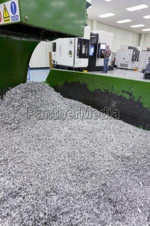 bin di rifiuti metallici da processo