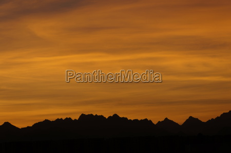 tramonto sera cielo egitto catena montuosa