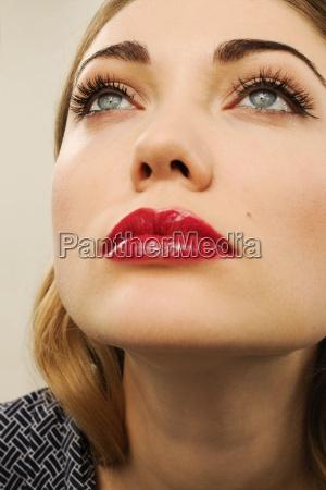 primo piano close up faccia ritratto