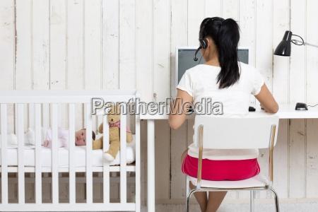 donna monitor persone popolare uomo umano