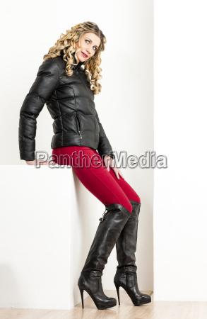 donna persone popolare uomo umano moda
