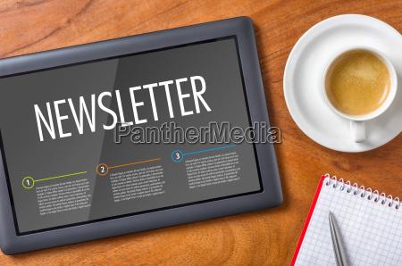 ufficio scrivania testo caffe notizie notiziario