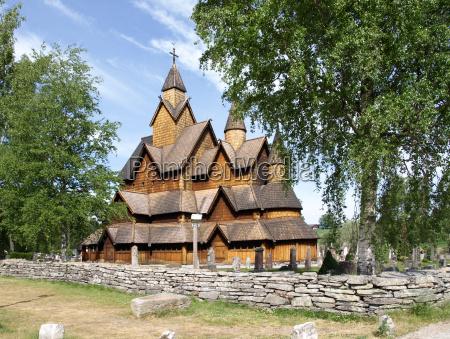 chiesa di heddal stave in norvegia