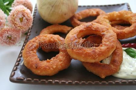 cibo vitamine pesce cipolla pasto anelli
