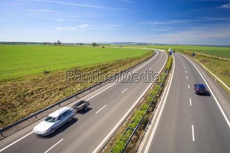 viaggio viaggiare traffico trasporto autostrada trasporti