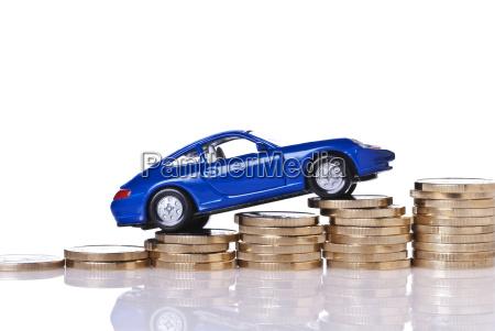 costi dellautomobile in aumento