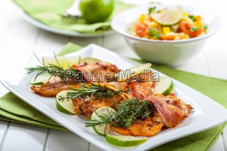 petto di pollo con erbe aromatiche