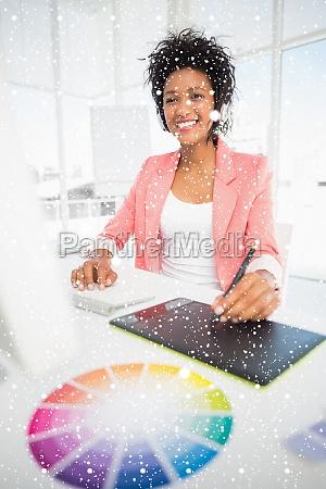 immagine composita delleditor fotografico femminile casual