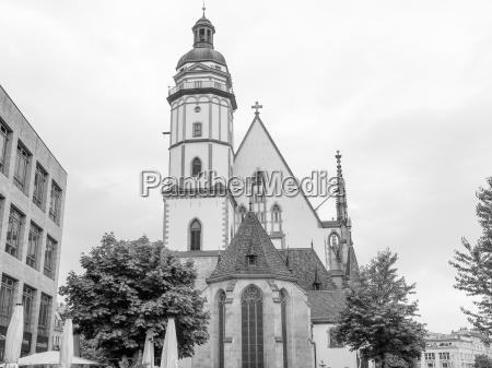 chiesa europa cripta stile di costruzione