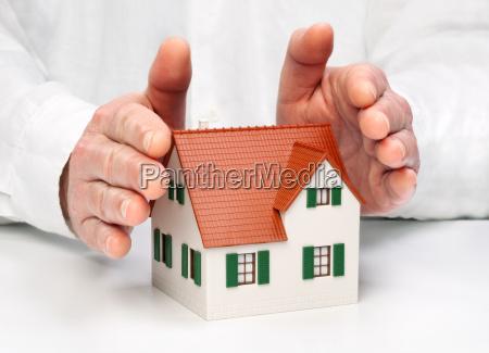 casa costruzione mano assicurazione proteggere responsabilita