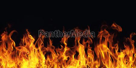 fiamma che brucia il fuoco su