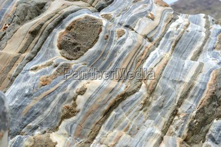 pietra sasso rocce roccia colorato stratificato