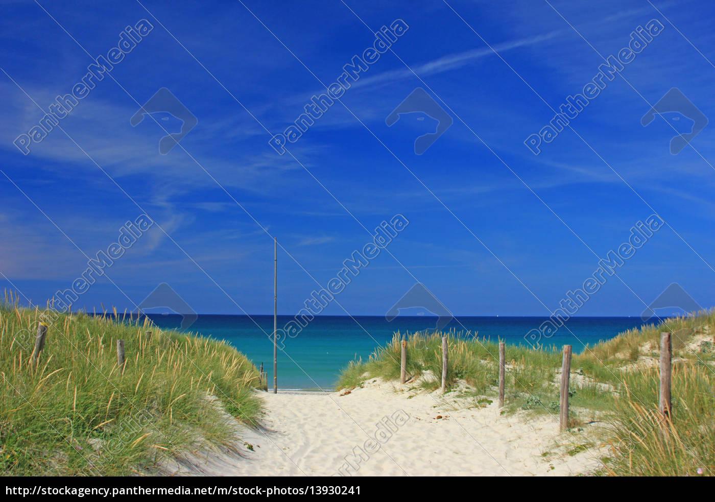 spiaggia, in, bretagna, francia - 13930241