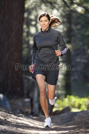 un trail sportivo per donne che