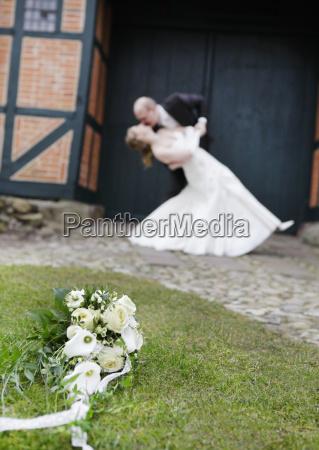 nozze matrimonio convivenza rose bouquet sposini