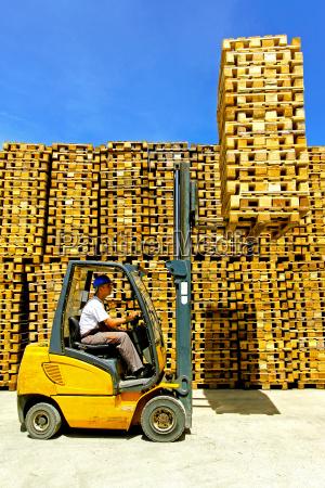 industriale trasporto logistica deposito autista magazzino