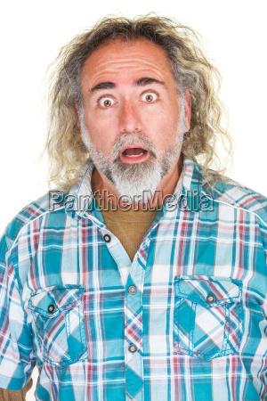 uomo sorpreso con barba
