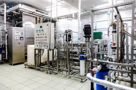 lacqua condizionata o camera destilation