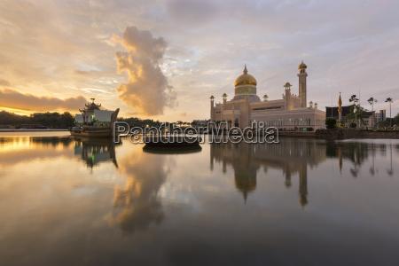 la moschea del sultano omar ali