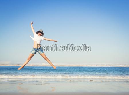 donna donne vacanza vacanze cappello riva