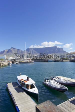 turismo porto sudafrica barca nave lungofiume