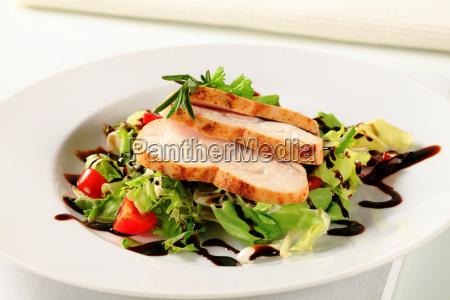 petto di pollo con insalata verde