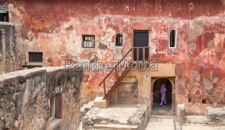 rovine dello storico forte jesus mombasa