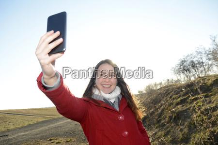 donna telefono cellulare adolescente teenager giovani