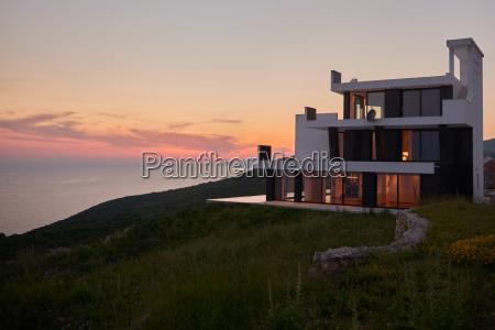 privato casa costruzione arredamento stile di