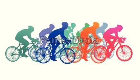 gruppo di ciclisti nella corsa della