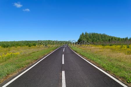 orizzonte asfalto autostrada ciglio della strada