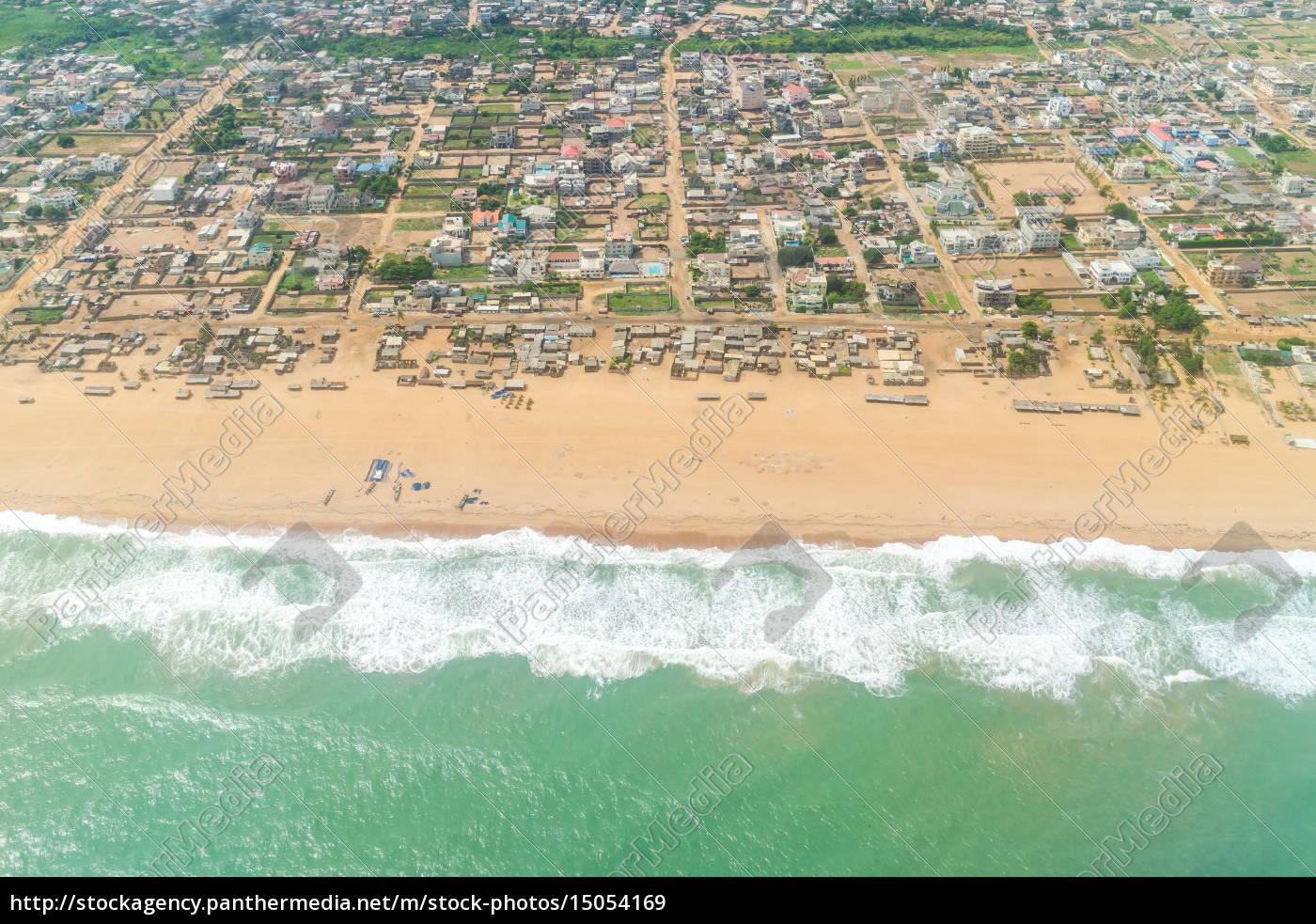 veduta, aerea, delle, coste, del, cotonou, benin. - 15054169