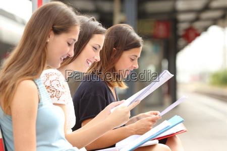 trasporto studenti universita istituto di istruzione