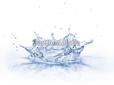 water crown splash isolated on white