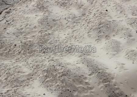 allontanarsi primo piano pietra sasso deserto